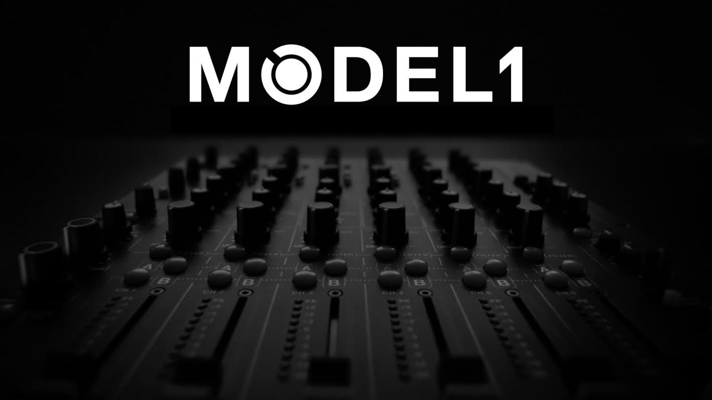 "CARL COX LANZA LA 2ª ENTREGA DE ""HOW I PLAY "" MODEL1 | Techno Experience Magazine"